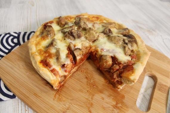 Чикагская пицца. Супер сочная высокая пицца–пирог