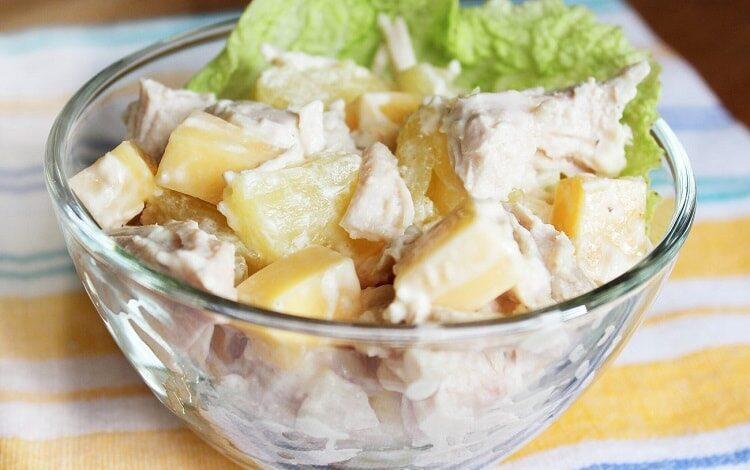 salat-s-ananasom