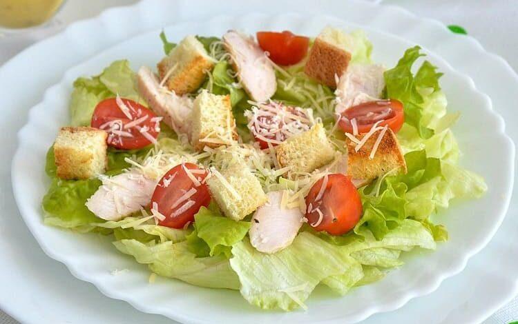 prostye-klassicheskie-salaty
