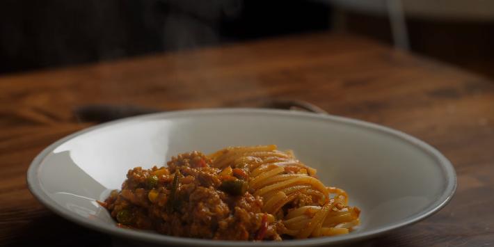 макароны с мясом на сковороде
