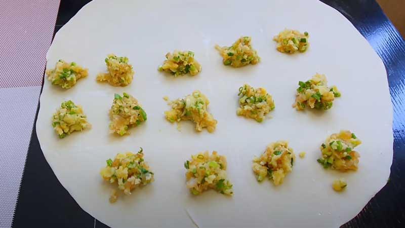 приготовление квадратиков с картофелем