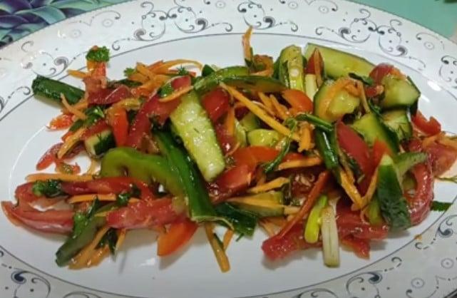 фото простого рецепта салата по болгарски