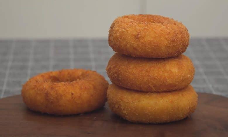 фото луковых колец с сыром