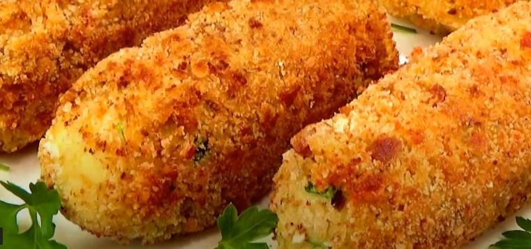 Картофель с сыром и сосиской