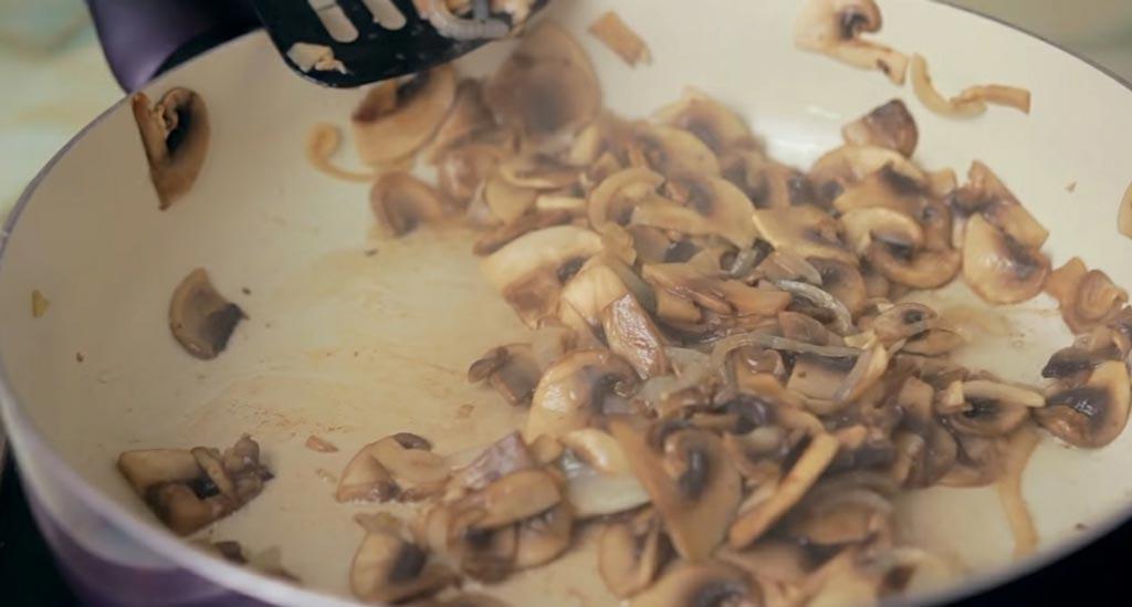 фото жарки грибов для крем-супа