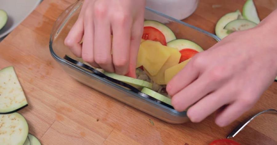 фото укладывания овощей в форму для запекания